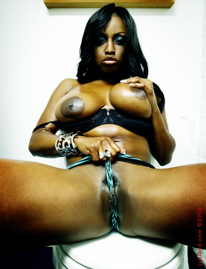 Jada Fire Camel Toe