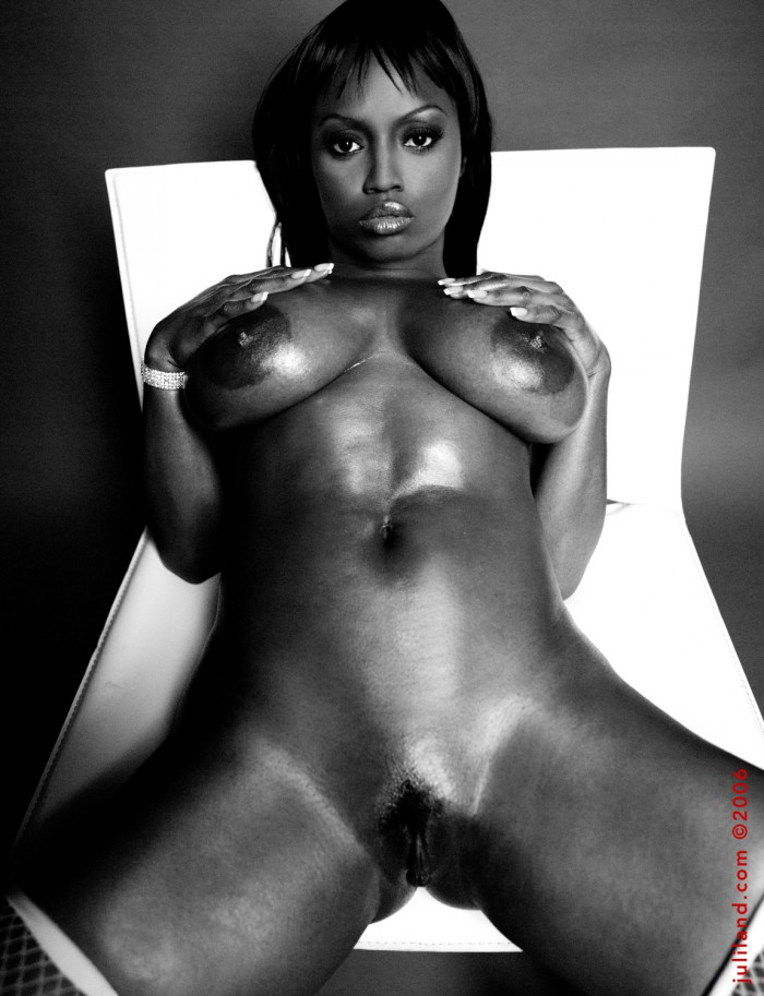 Jada Fire Oiled Up