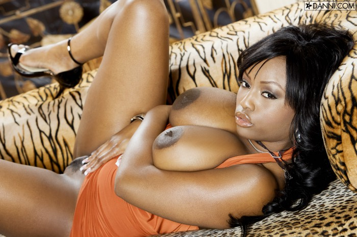Jada Fire Gets Horny