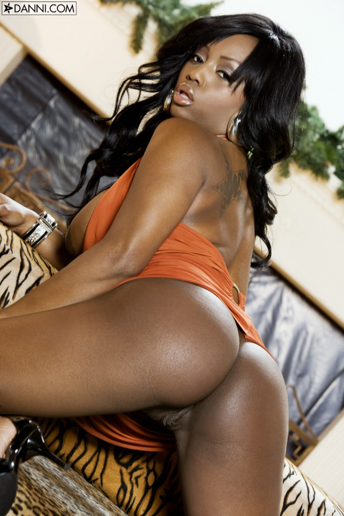 Jada Fire Bubble Butt
